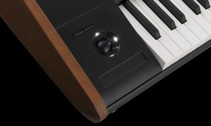 Korg KRONOS Surface Controle