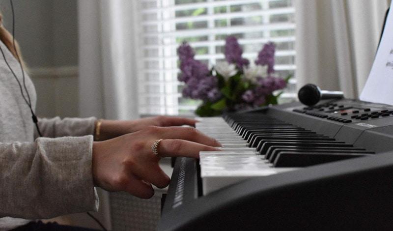 Meilleurs pianos pour débuter TOP 5